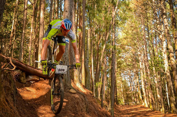 Success for Beukes brothers at mountain bike series