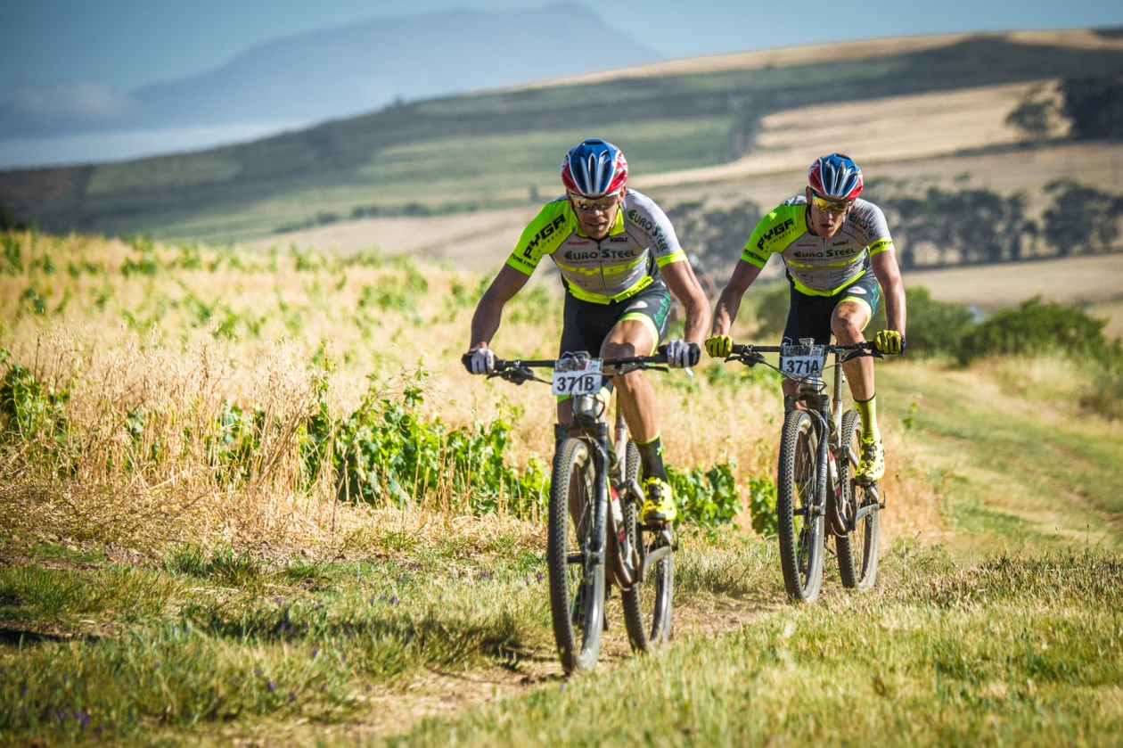PYGA Euro Steel 1 and Meerendal CBC crowned 2017 FNB W2W MTB Race Champions