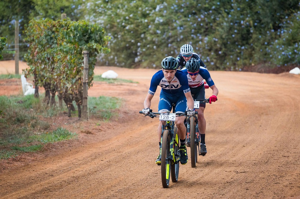 Heyns, Du Toit fight back to win at Winelands Encounter