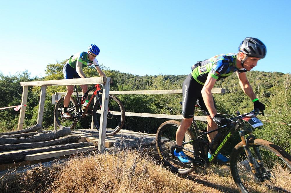 Hill, Bester overcome glitch to win at Zuurberg
