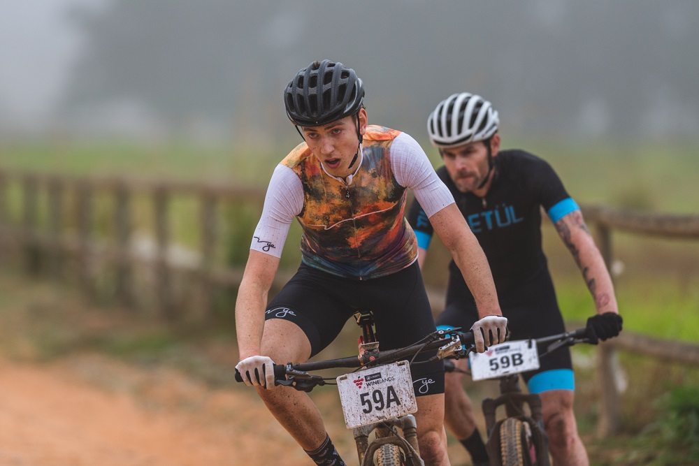 Woolcock, Roux take opening stage in Winelands